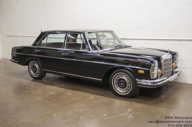 1972 mercedes benz 280sel documented glass out repaint for Mercedes benz st louis service