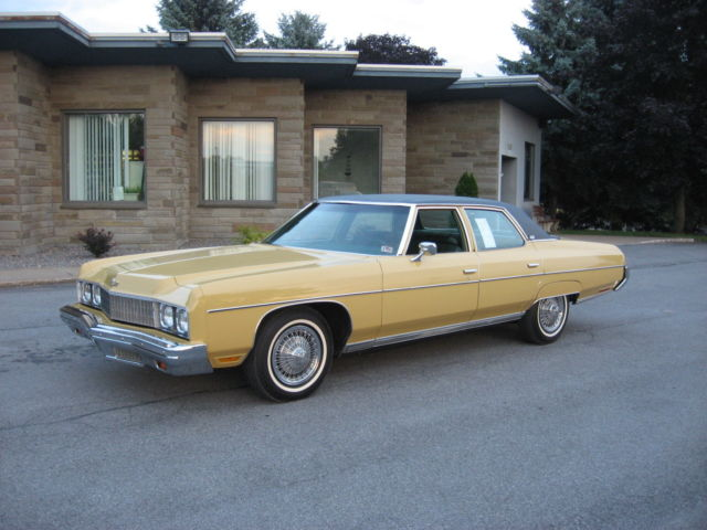 1973 CHEVROLET CAPRICE CLASSIC - ONLY 2900 MILES