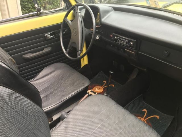 1973 vw super beetle convertible bumblebee yellow w new black top and interior for sale. Black Bedroom Furniture Sets. Home Design Ideas