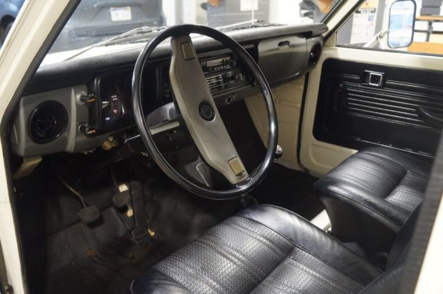 1974 Toyota HiLux Chinook Camper for sale - Toyota Other