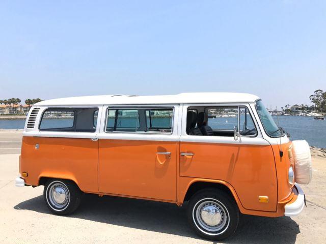 vw california microbus factory sunroof  bus family owned    sale volkswagen