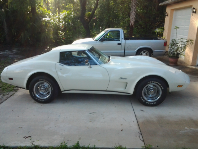 1975 chevy corvette 4 speed 39 s matching engine trans. Black Bedroom Furniture Sets. Home Design Ideas