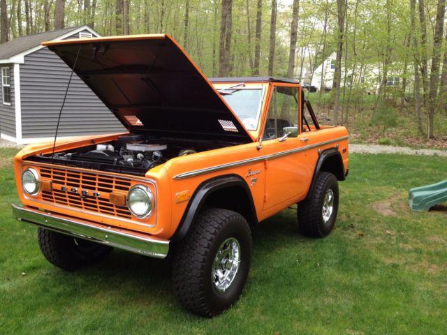 1975 ford bronco ranger model with 3k on rebuilt 302 v8 head turner for sale ford bronco 1975. Black Bedroom Furniture Sets. Home Design Ideas