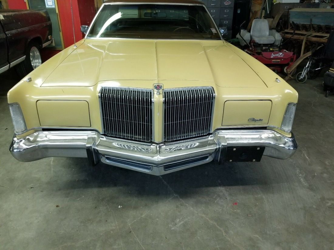 1976 Chrysler New Yorker Sedan Brown RWD Automatic luxury ...