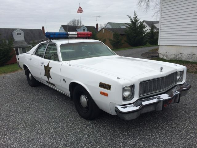 1976 plymouth fury sheriff rosco coltrane dukes of hazzard for 1976 plymouth fury salon