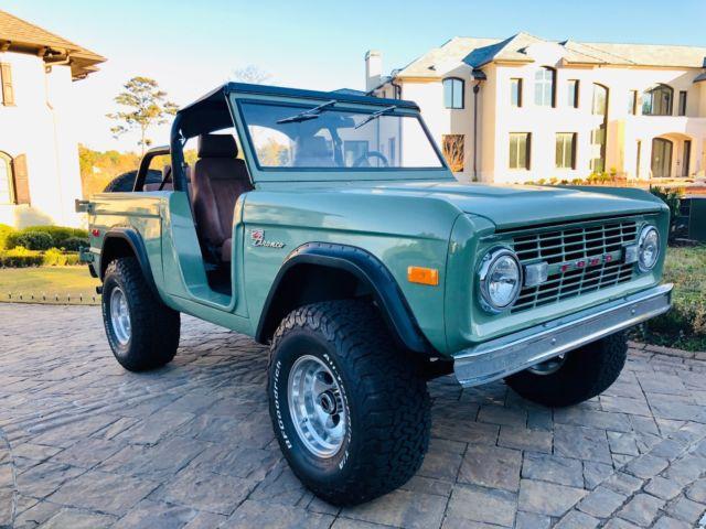 1976 Restored Ford Bronco - Blue w Rare Uncut Fenders ...