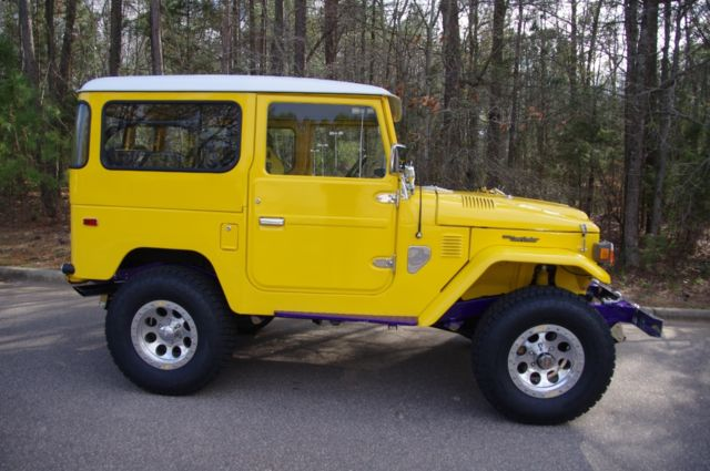 1976 Toyota Landcruiser FJ40 with GM ZZ4 350 V8 Conversion and