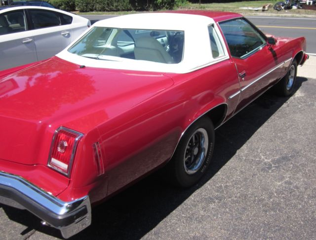 1977 grand prix new paint all original pristine condition priced to sell for sale pontiac. Black Bedroom Furniture Sets. Home Design Ideas