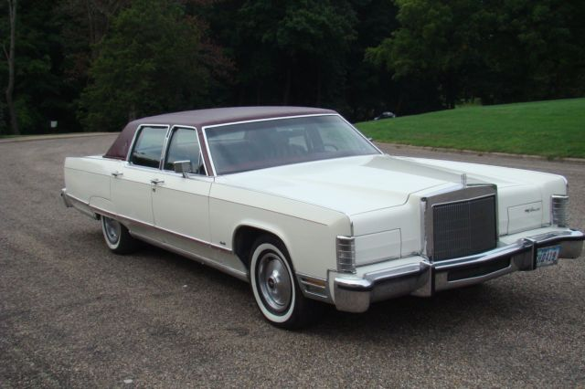 1977 Lincoln Continental Towncar Designer Series For Sale