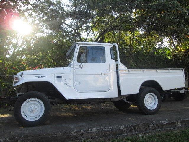1977 rare diesel pick up toyota land cruiser pick up truck fj40 fj45 hj45 for sale. Black Bedroom Furniture Sets. Home Design Ideas