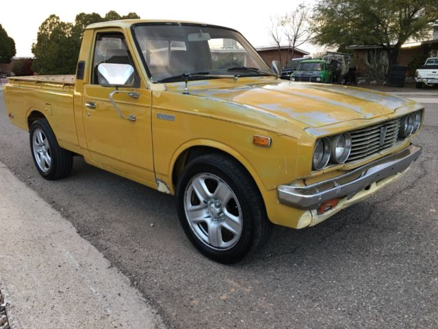 1977 toyota hilux pickup rare clean rn20 original paint. Black Bedroom Furniture Sets. Home Design Ideas