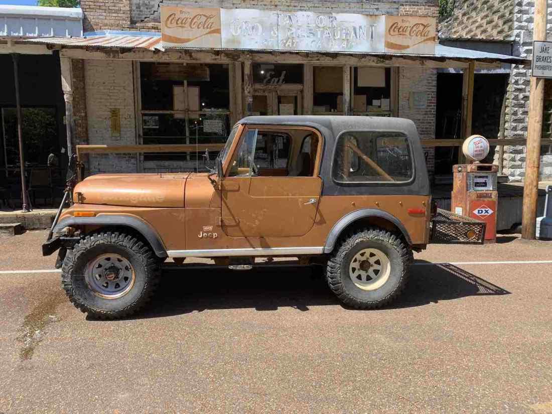 1976 Jeep CJ-7 SUV Orange 4WD Manual renegade - Classic