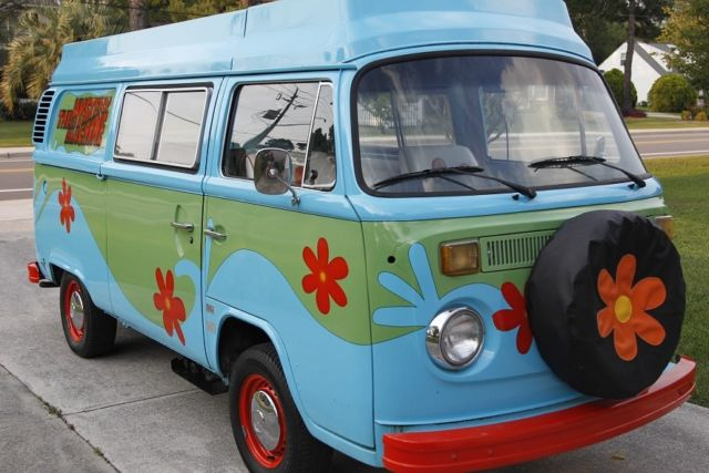 1978 VW Camper Bus, The MYSTERY MACHINE, Complete Custom Paint/Interior,  LEDs