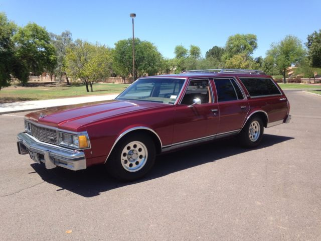 1979 chevy caprice classic station wagon with the 350 v8 engine no reserve for sale. Black Bedroom Furniture Sets. Home Design Ideas