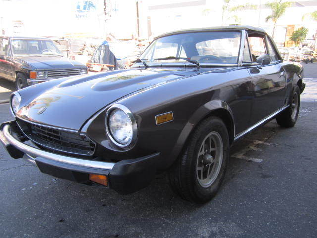 1979 fiat 124 spider 2000 for sale fiat 124 spider 1979 for sale in carolina beach north. Black Bedroom Furniture Sets. Home Design Ideas