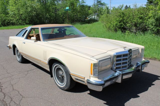 1979 ford thunderbird town landau coupe 93k orig mi drive it home for sale ford thunderbird. Black Bedroom Furniture Sets. Home Design Ideas