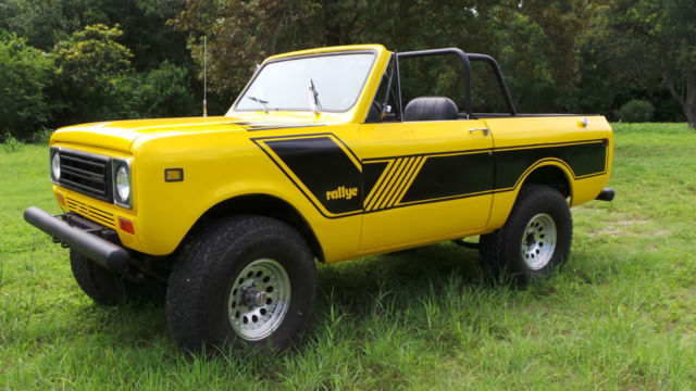 1979 INTERNATIONAL SCOUT II, NEW PAINT, 392 V8, TEXAS TRUCK