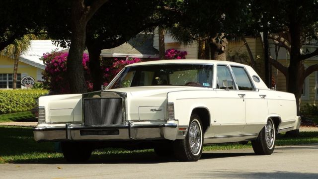 1979 LINCOLN CONTINENTAL TOWN CAR EDITION IN FABULOUS