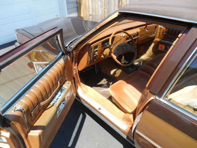 1980 cadillac sedan deville boss hogg 2 tone chocolate peanut butter cup for sale cadillac. Black Bedroom Furniture Sets. Home Design Ideas