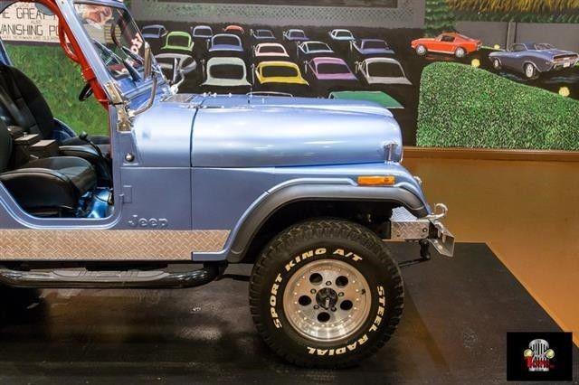 1980 jeep wrangler blue