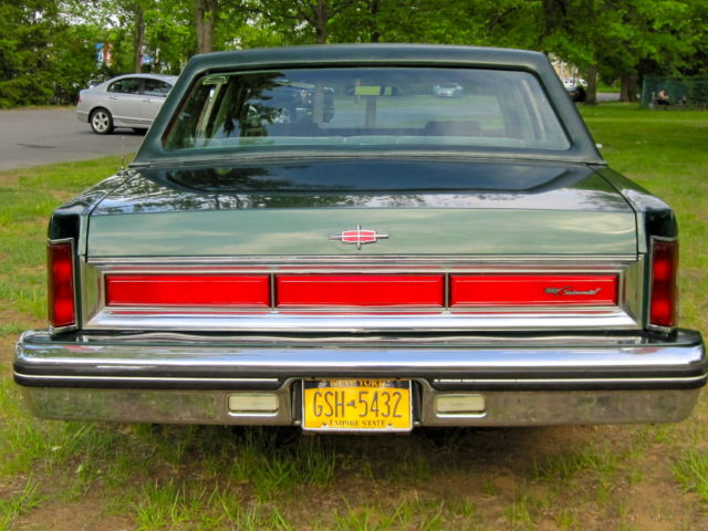 1980 Lincoln Continental - Rare 351 5.8L Engine with Town ...