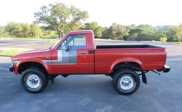 1980 Toyota 4x4 Pickup Hilux Collector Owned 38 835