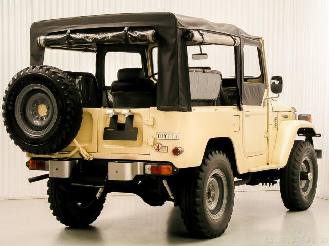 1980 Toyota Bj40  Fj40  Diesel Soft Top Restoration