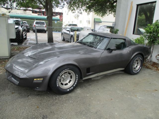 1981 corvette no reserve numbers matching for sale chevrolet corvette 1981 for sale in miami. Black Bedroom Furniture Sets. Home Design Ideas