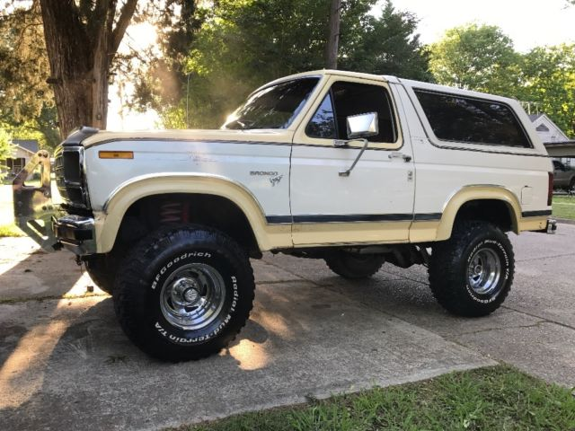 1981 Ford Bronco 351 Modified Nice Driver Original Paint