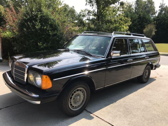 1981 mercedes benz 300 td station wagon original black for Mercedes benz wagon for sale