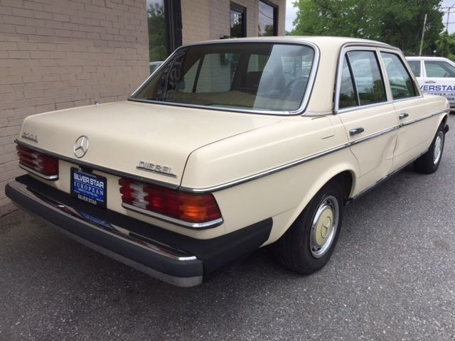 1981 mercedes benz 300d diesel 123 chassis for sale for Mercedes benz diesel for sale