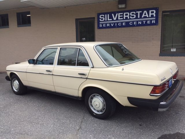 1981 mercedes benz 300d diesel 123 chassis for sale for Mercedes benz 300d parts