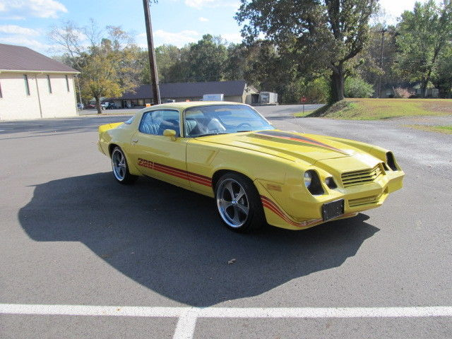 1981 z28 camaro rare yellow with only 44546 miles for sale chevrolet camaro z28 1981 for sale. Black Bedroom Furniture Sets. Home Design Ideas