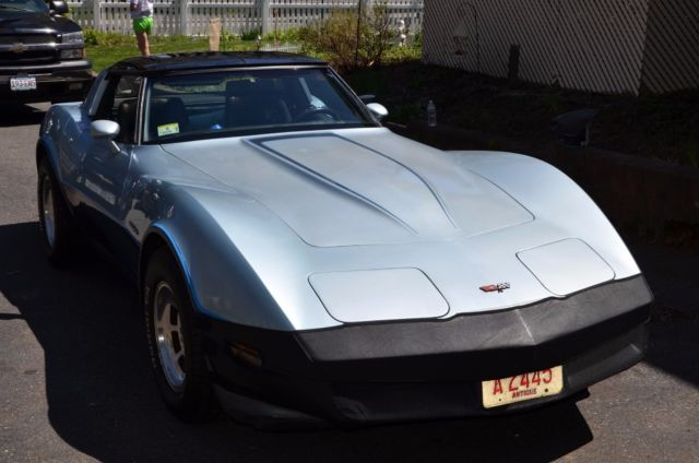 1982 chevrolet corvette base coupe 2 door for sale. Black Bedroom Furniture Sets. Home Design Ideas