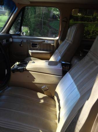 1982 Cummins Turbo diesel Chevy Suburban Truck 3rd Row ...
