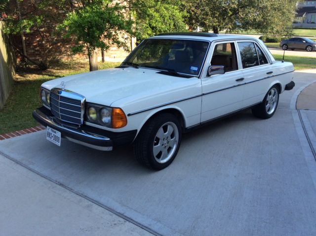 1982 mercedes 240 diesel for sale mercedes benz 200. Black Bedroom Furniture Sets. Home Design Ideas