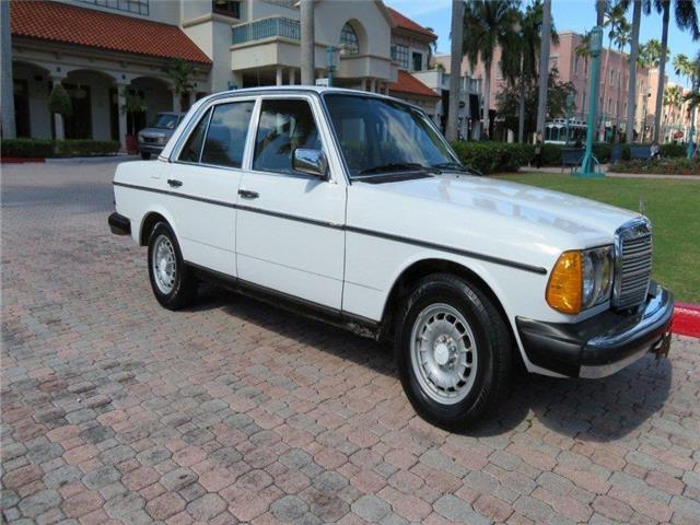 1982 mercedes 240d 133k miles diesel clean carfax rust for Mercedes benz 240 diesel