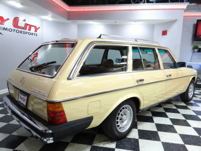 1982 mercedes benz 300td wagon turbo diesel 1 owner rust for Mercedes benz diesel cars for sale