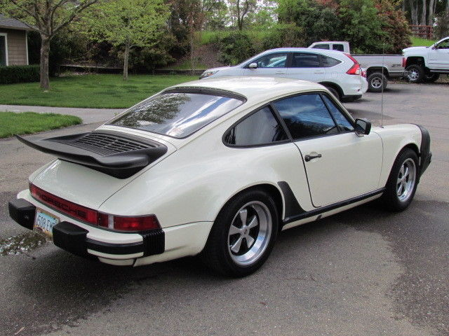 1982 porsche 911 sc sunroof coupe grand prix white matching 39 s nice for sale. Black Bedroom Furniture Sets. Home Design Ideas