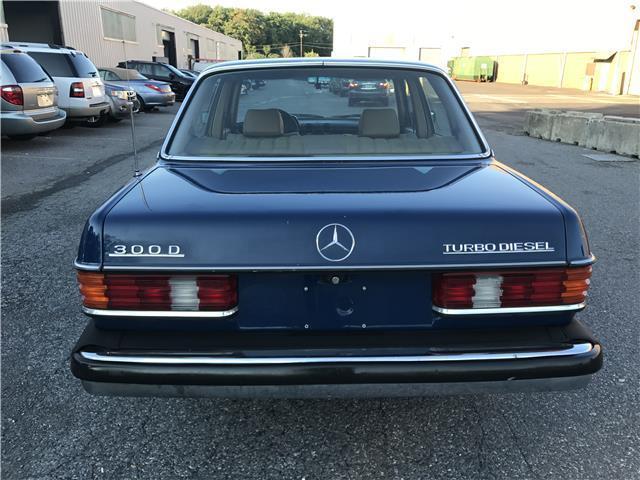 1983 mercedes benz 300 series 300d t 191 629 miles blue for Mercedes benz 5 series