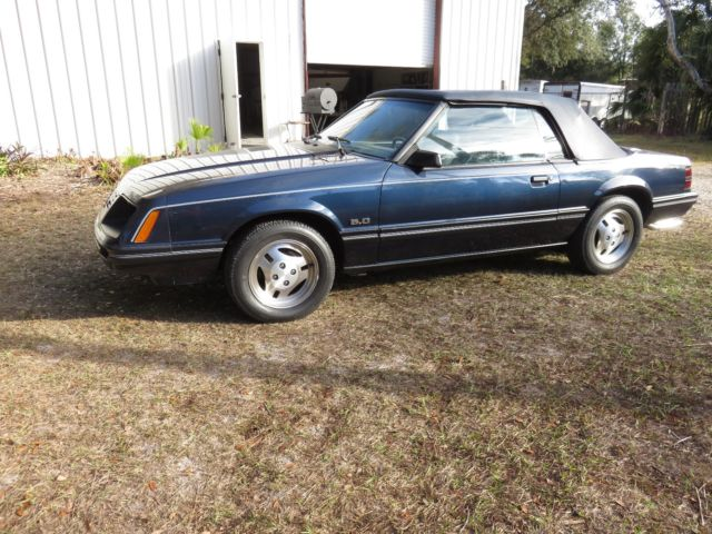 1983 mustang convertible low miles for sale ford mustang glx 1983 for sale in riverview. Black Bedroom Furniture Sets. Home Design Ideas