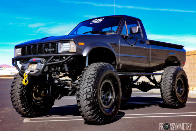 1983 toyota pickup truck 4x4 22r engine 5sp trans custom show condition for sale toyota. Black Bedroom Furniture Sets. Home Design Ideas