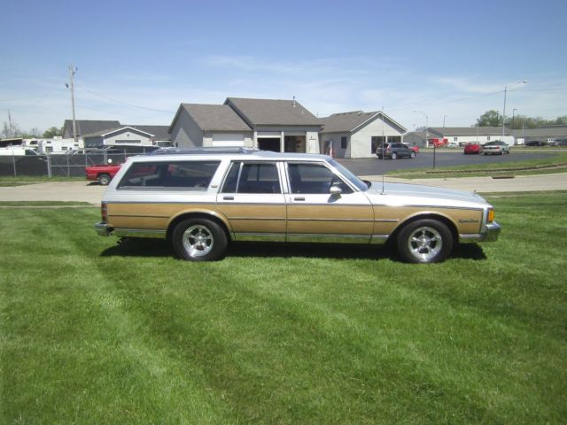 1984 chevy caprice station wagon woody 49k act miles one owner for sale chevrolet. Black Bedroom Furniture Sets. Home Design Ideas