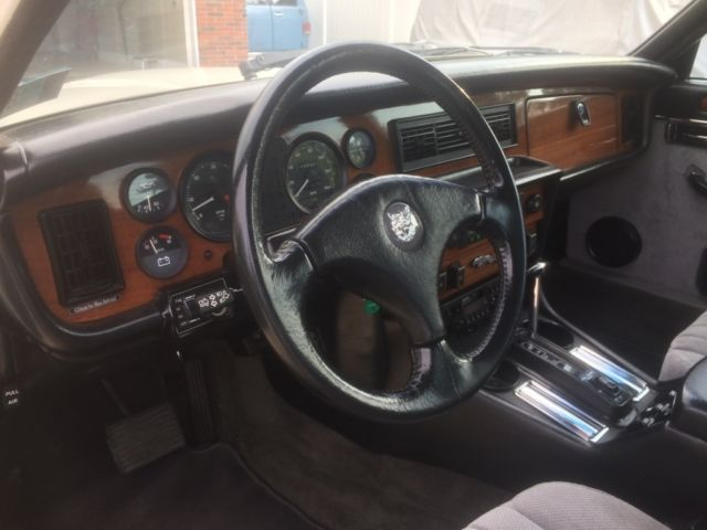 1984 jaguar xj6 restored cloth interior custom features and extra parts for sale jaguar. Black Bedroom Furniture Sets. Home Design Ideas