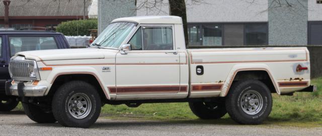 1984 jeep j10 base standard cab pickup 2 door 5 9l for sale jeep j10 laredo 1984 for sale in. Black Bedroom Furniture Sets. Home Design Ideas