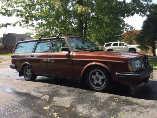 1984 volvo 245 glt manual turbo intercooled for sale. Black Bedroom Furniture Sets. Home Design Ideas