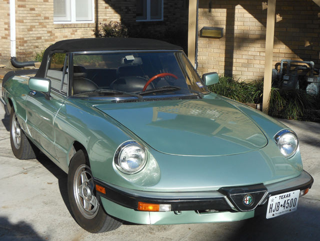 1985 Alfa Romeo Spider Veloce Convertible 2 Door 2 0l For