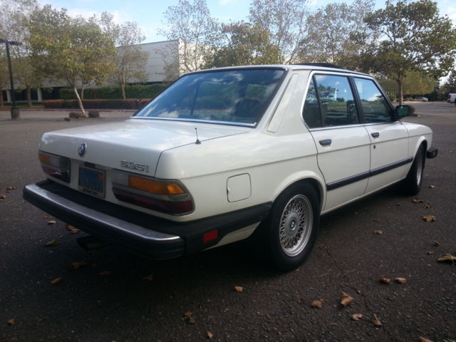 1985 bmw 535i e28 alpine white m30b35 1 3 motronic engine. Black Bedroom Furniture Sets. Home Design Ideas
