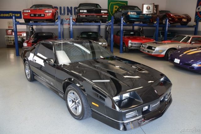 1988 Chevrolet Camaro Iroc Z C 68 as well Vehicle 47415e60 9cbc 577c Ab3a 001c5a318b95 likewise 2002 Chevrolet Camaro Ss Slp in addition Detail 2015 Chevrolet Camaro 2dr convertible lt w 2lt Used 16388055 together with Chevrolet Camaro Automatic New Houston Pictures. on camaro carfax