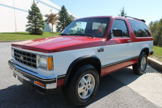 1985 chevrolet s10 blazer tahoe edition 2 8l v6 4x4 manual 2 door k5 86 87 84 83 for sale. Black Bedroom Furniture Sets. Home Design Ideas